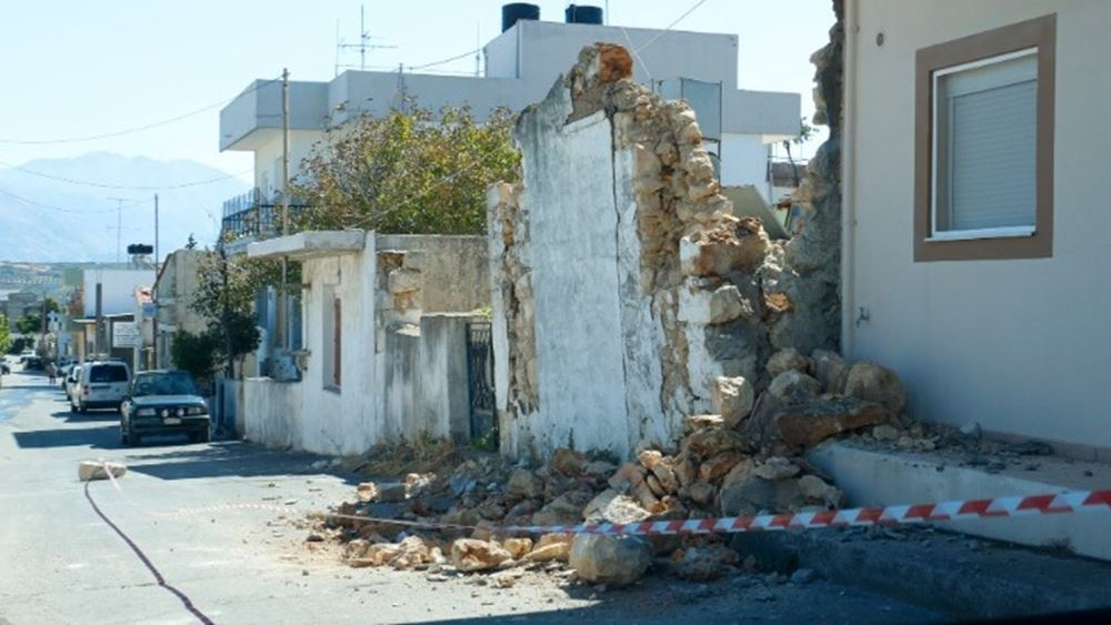 Ηράκλειο: Έφτασαν οι πρώτοι 34 οικίσκοι για τους σεισμόπληκτους