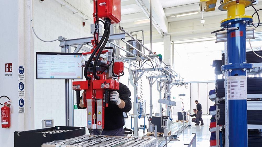 Η SUNLIGHT επεκτείνει τη μεγαλύτερη βιομηχανική μονάδα παραγωγής μπαταριών έλξης παγκοσμίως
