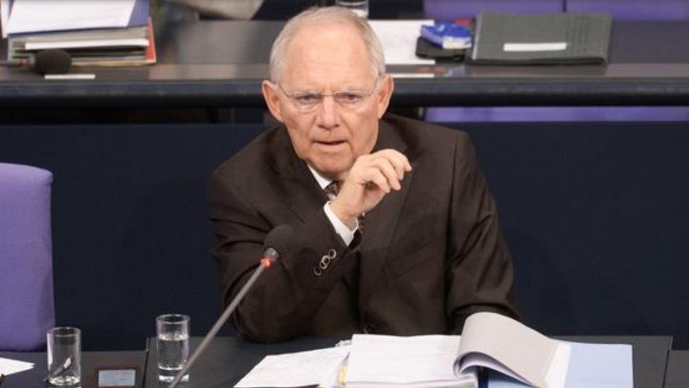 Γερμανία: Ο Σόιμπλε δεν θέλει πλέον ηγετικό ρόλο στο CDU