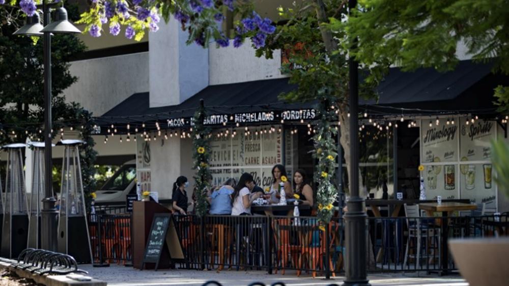 Μετά το Τέξας, διαταγή για κλείσιμο των μπαρ και στο Λος Άντζελες