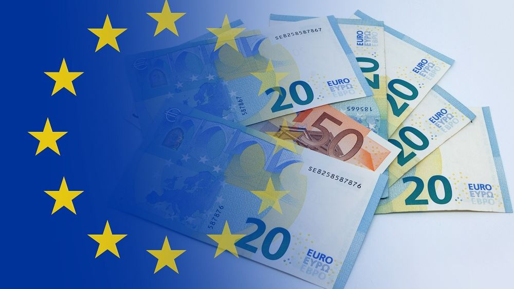 Η Ευρωζώνη βυθίζεται στο χρέος, η ΕΚΤ σε ετοιμότητα για νέα βήματα.