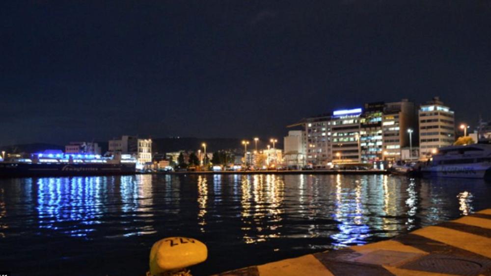 Σορός 83χρονου ανασύρθηκε από το λιμάνι του Πειραιά