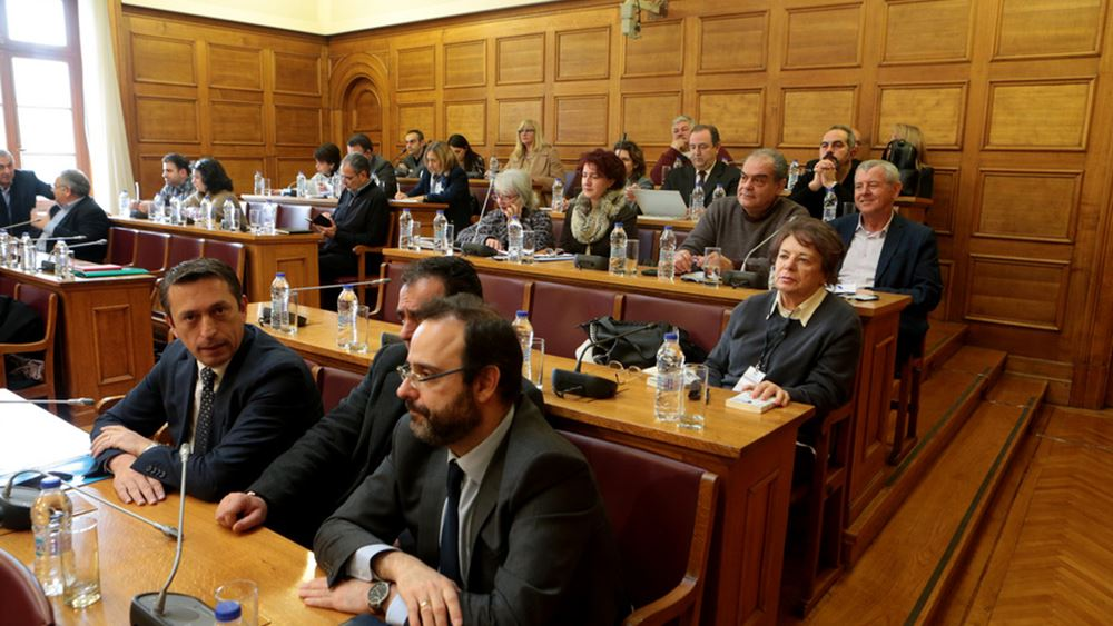 """Βουλή: Δεκτό από την επιτροπή Κοινωνικών Υποθέσεων το """"Επίδομα Γέννησης"""""""