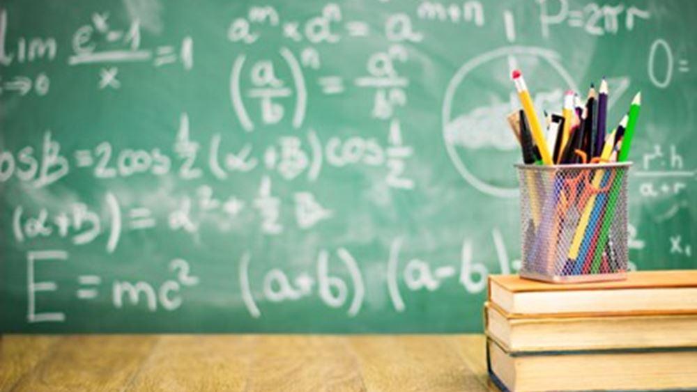 Στη Βουλή η τροπολογία για το ξήλωμα του ΦΠΑ στα σχολεία