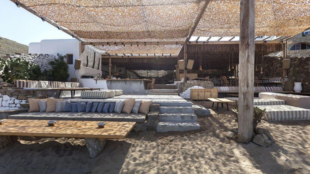 Στη Μύκονο εκτάκτως κλιμάκιο του ΕΟΔΥ μετά τα 7 κρούσματα στο Alemagou