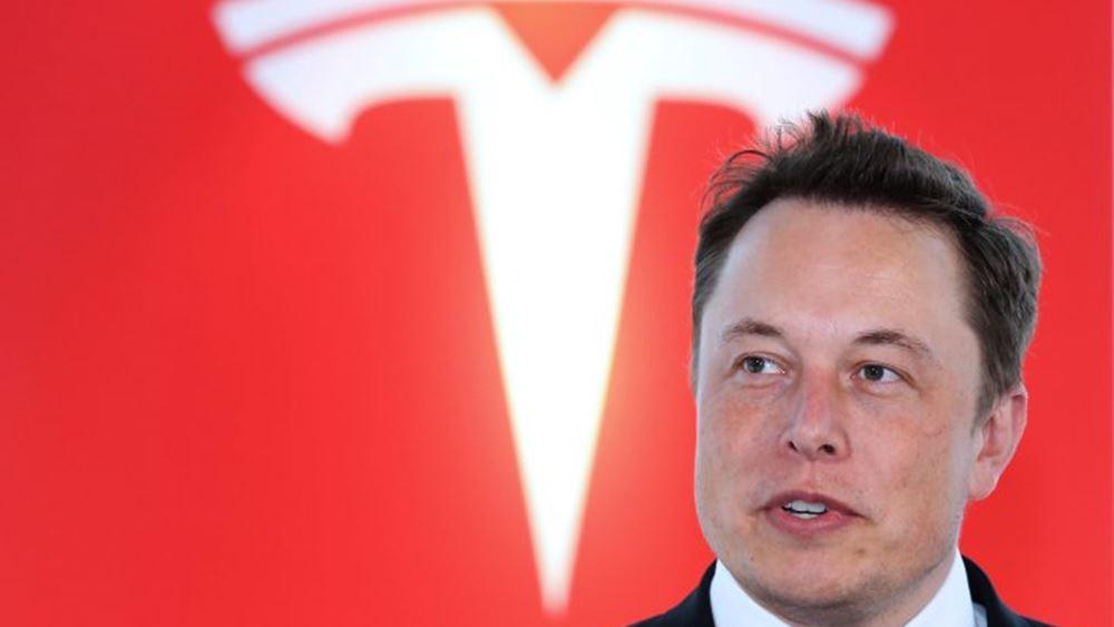 Tesla: Έπιασε το περιβόητο επίπεδο των 420 δολαρίων η μετοχή