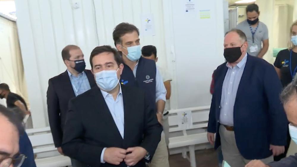 Μηταράκης - Αρκουμανέας στον καταυλισμό της ΒΙΑΛ: Θέμα ημερών η ολοκλήρωση του εμβολιασμού αιτούντων άσυλο