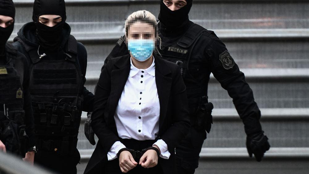 Κατηγορούμενη για το βιτριόλι: Ήθελα να κάνω την Ιωάννα να πονέσει, όπως πόνεσε η ψυχή μου
