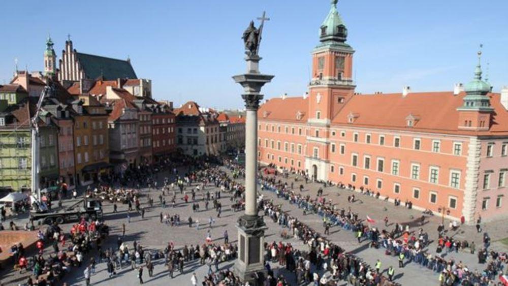 Μπορεί η Ευρώπη να σώσει τη δημοκρατία σε Ουγγαρία και Πολωνία;