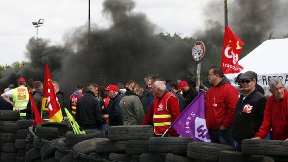 Γαλλία: Ανησυχία για τις απεργιακές κινητοποιήσεις ενόψει των εορτών