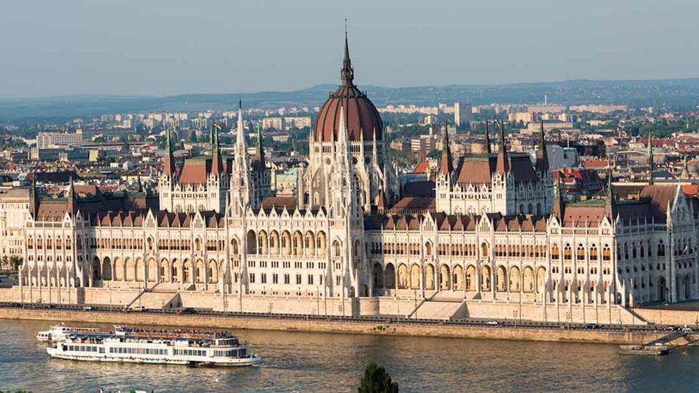 Ανεστάλη για λίγες ώρες η λειτουργία τερματικού σταθμού στο αεροδρόμιο της Βουδαπέστης