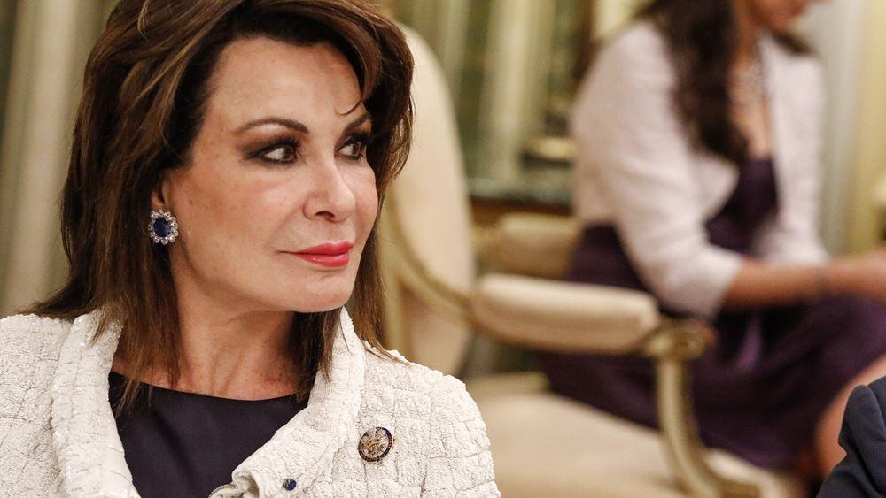 Στη Βουλή η Γιάννα Αγγελοπούλου - συνάντηση με ΠτΒ