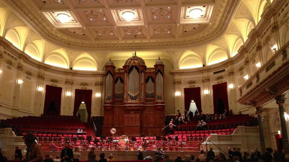 Απολύθηκε ο διευθυντής της Βασιλικής Ορχήστρας της Ολλανδίας λόγω καταγγελιών για σεξουαλική παρενόχληση