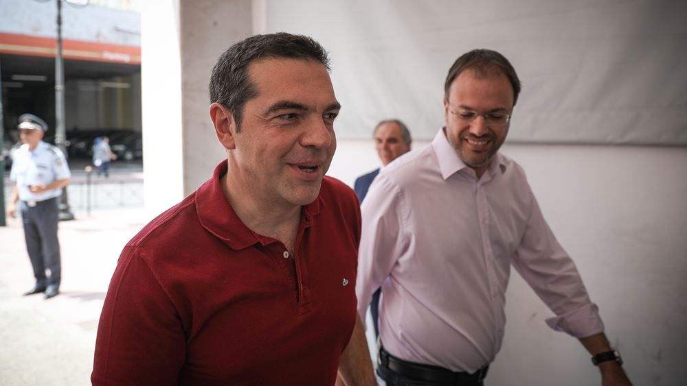 """""""Πάσα"""" Θεοχαρόπουλου σε Τσίπρα: Να αποφασίσουν τα μέλη για το όνομα του ΣΥΡΙΖΑ"""