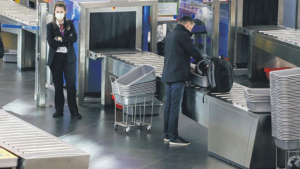 αεροδρόμιο-covid