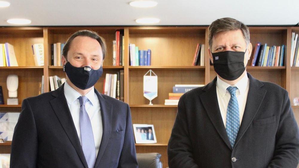 Βαρβιτσιώτης: Η Ελλάδα στηρίζει τη διαδικασία του Μινσκ για την επίλυση του Ουκρανικού