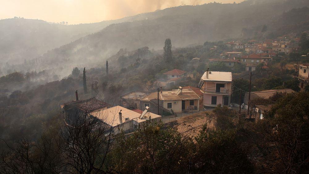 Μήνυση για τις πυρκαγιές σε Εύβοια - Αττική, κατέθεσε δικηγόρος στην εισαγγελία Πρωτοδικών