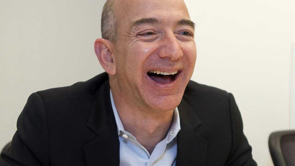 Μετά την πρόσκαιρη πτώση, ο Jeff Bezos είναι ξανά ο πλουσιότερος άνθρωπος
