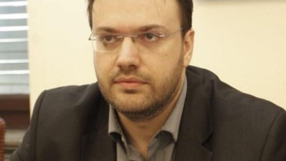 Θεοχαρόπουλος προς Σπίρτζη: Δίνετε συγκοινωνιακό έργο σε ιδιώτες χωρίς διαγωνισμό