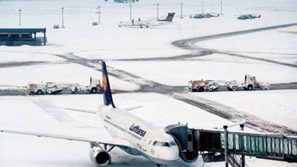 Γερμανία: Εκατοντάδες πτήσεις ακυρώθηκαν στη Φρανκφούρτη εξαιτίας  χιονοπτώσεων