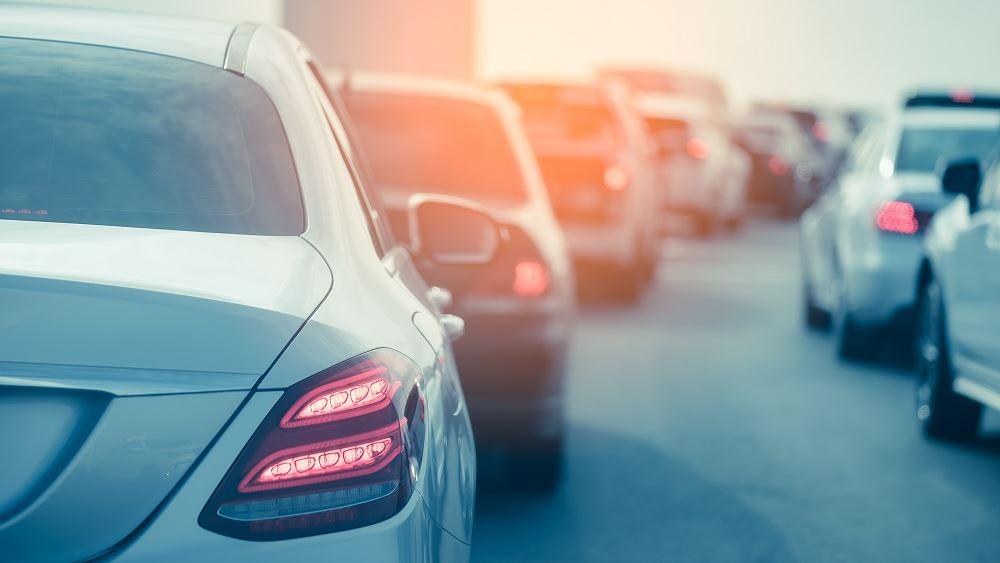 Βρετανία: Η μεγαλύτερη πτώση στις πωλήσεις αυτοκινήτων της δεκαετίας