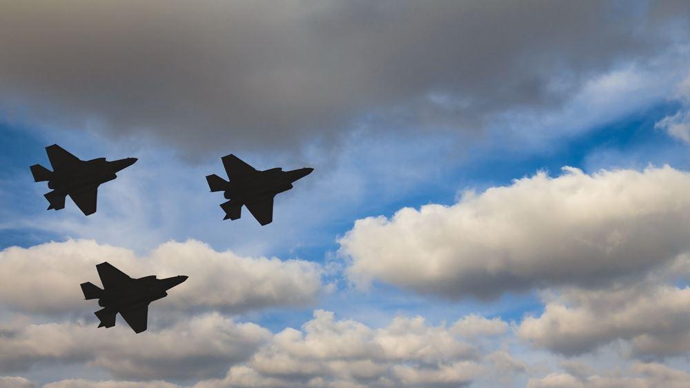 TASS: Οι Ηνωμένες Πολιτείες συνεχίζουν να εκπαιδεύουν Τούρκους πιλότους στα F-35