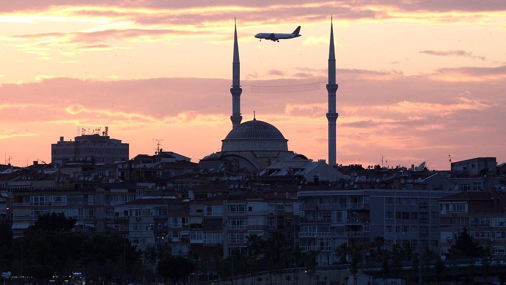 Τουρκία: Πυρκαγιά σε χημικό εργοστάσιο της Κωνσταντινούπολης