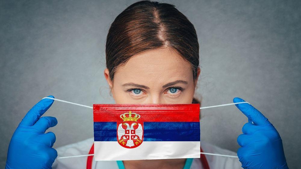 Σερβία: Να σταματήσει η πολιτικοποίηση της πανδημίας ζητούν οι γιατροί