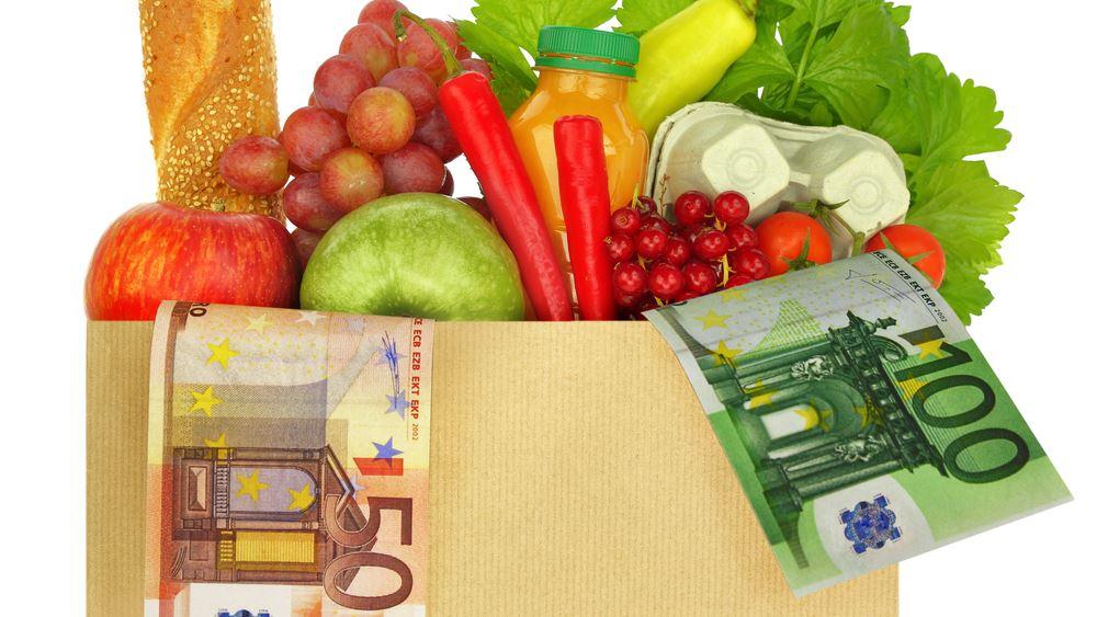 Κοροϊδία με τη μείωση του ΦΠΑ σε εστίαση και τρόφιμα