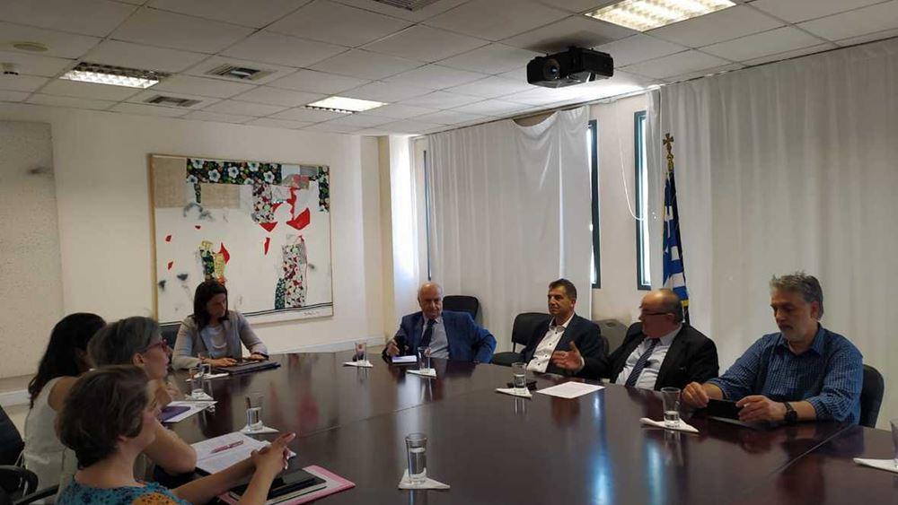 Συνάντηση της Υπουργού Παιδείας και Θρησκευμάτων με τη ΓΣΕΒΕΕ