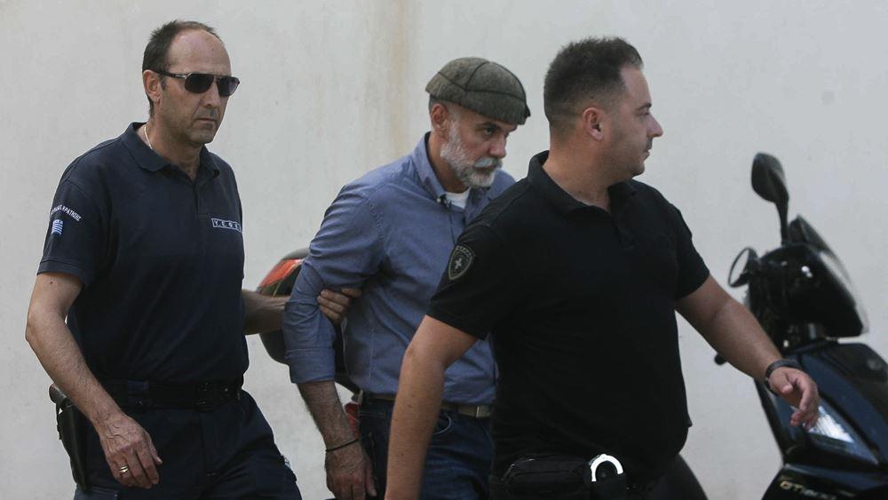 """Ο Κορκονέας ζει ελεύθερος, αλλά ο εισαγγελέας τον """"απειλεί"""" εκ νέου με ισόβια"""