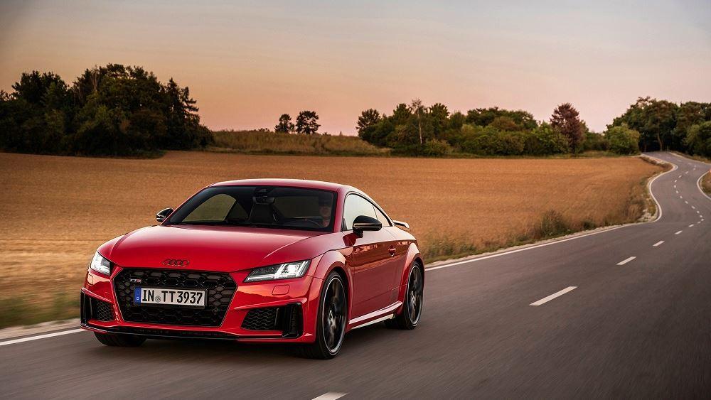 H Audi παρουσιάζει το νέο TTS competition plus