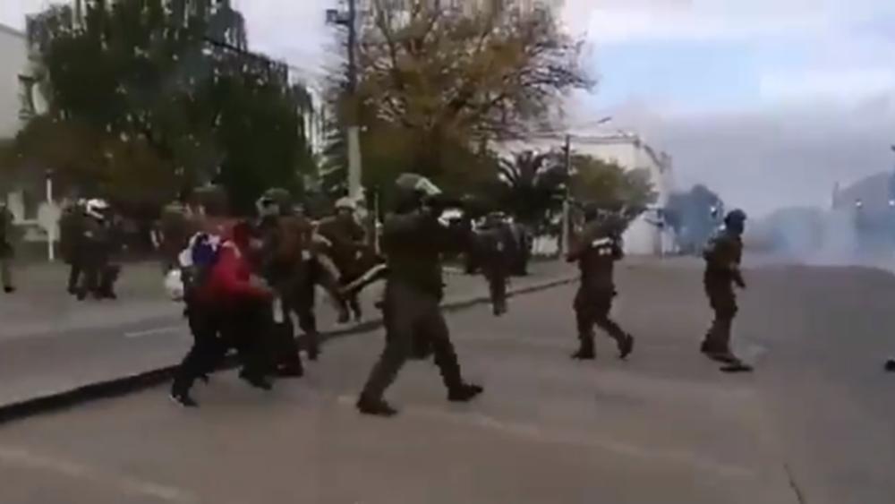 Έντεκα νεκροί από διαδηλώσεις στη Χιλή