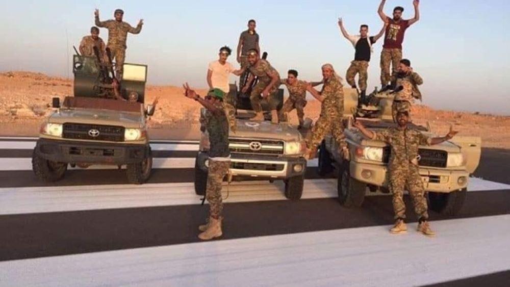 Σε σημείο καμπής, αλλά μακριά από το τέλος του ο εμφύλιος στη Λιβύη