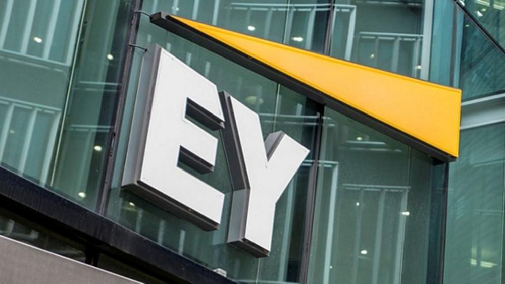 EY: Αισιόδοξες για την ανάπτυξη και τις συγχωνεύσεις και εξαγορές οι ελληνικές επιχειρήσεις