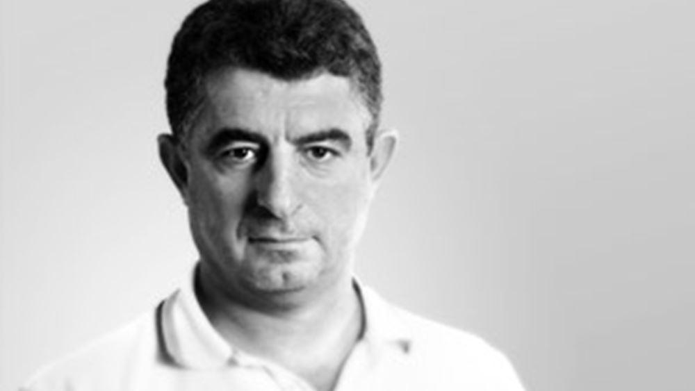 Σκότωσαν τον δημοσιογράφο Γιώργο Καραϊβάζ - Τον πυροβόλησαν έξω από το σπίτι του