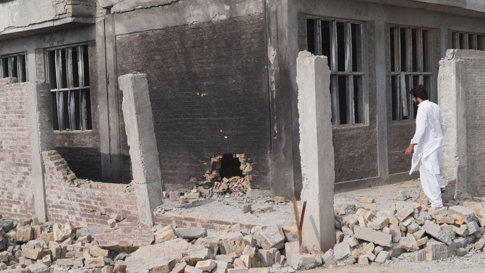 Πακιστάν: Επίθεση με βόμβα σημειώθηκε σε σχολείο θηλέων