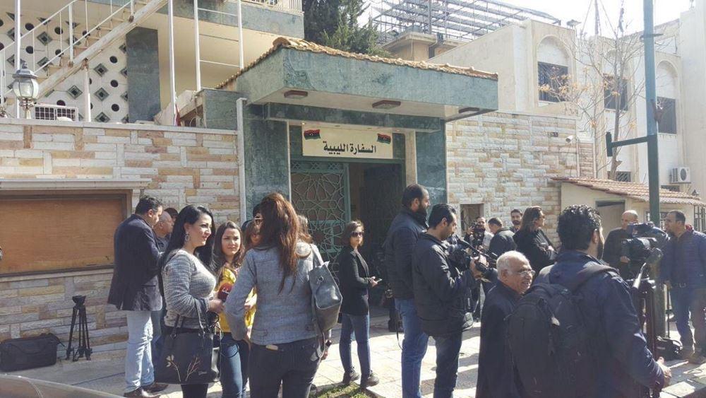 Πρεσβεία της Λιβύης στη Δαμασκό του Άσαντ εγκαινίασε ο ΥΠΕΞ του Χαφτάρ