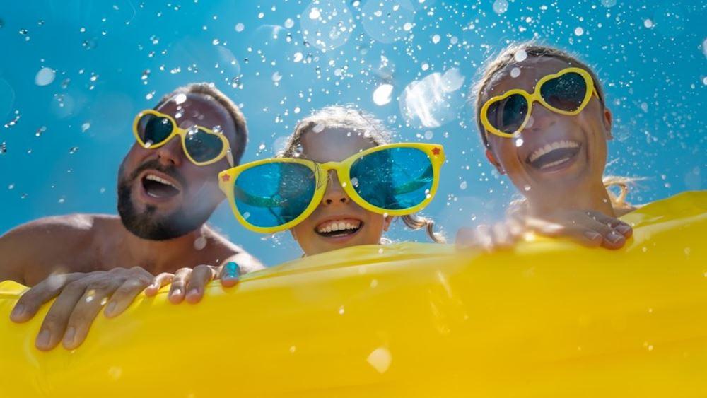 Public: Καλοκαίρι 2021 και επιστροφή στην κανονικότητα… της παραλίας!