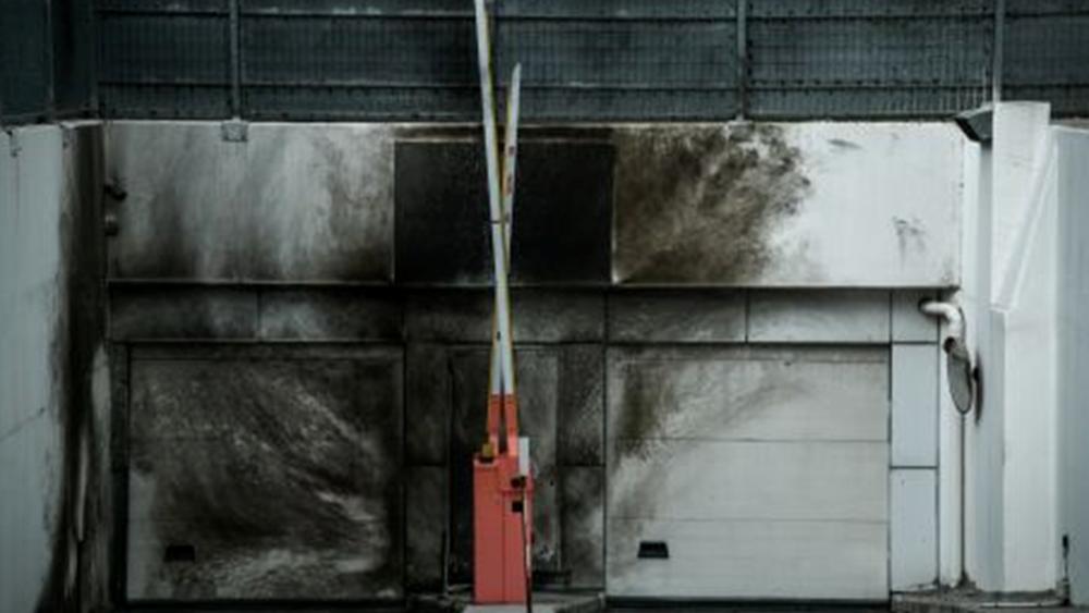 Εκρηκτικός μηχανισμός στο ΣΔΟΕ στα Πετράλωνα - Μικρές υλικές ζημιές