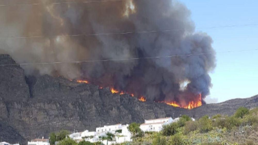 Ισπανία: Μαίνεται για τρίτη ημέρα η μεγάλη πυρκαγιά στο νησί Γκραν Κανάρια
