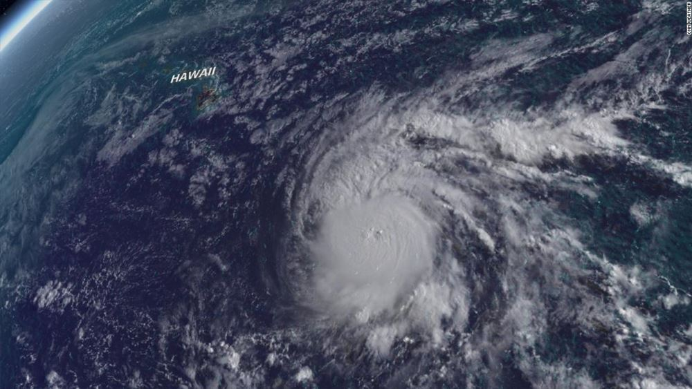 Χαβάη: Συναγερμός ενόψει του ισχυρού τυφώνα Lane