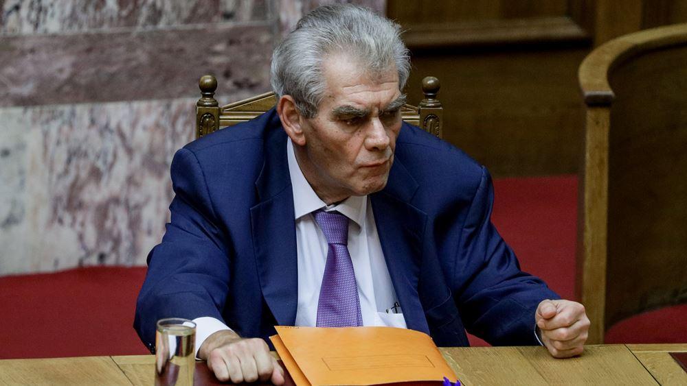 Παπαγγελόπουλος: Ούτε εγώ, ούτε το σκυλάκι μου, γνωρίζαμε πως έπαιζε με το σκυλί του Μανιαδάκη