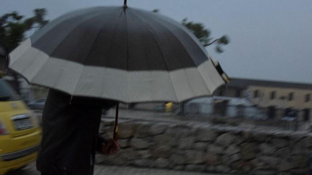 Μια βροχερή εβδομάδα ξεκινά, ευνοώντας την παραμονή στο σπίτι