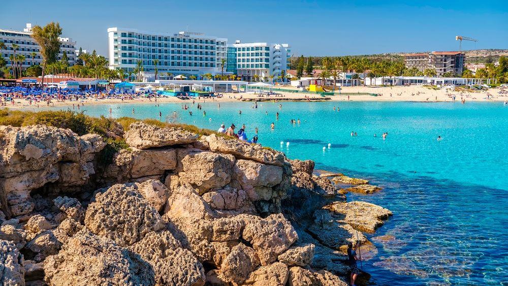 """Συνεργασία ελληνικών και κυπριακών τουριστικών γραφείων για δημιουργία τουριστικών """"πακέτων"""""""