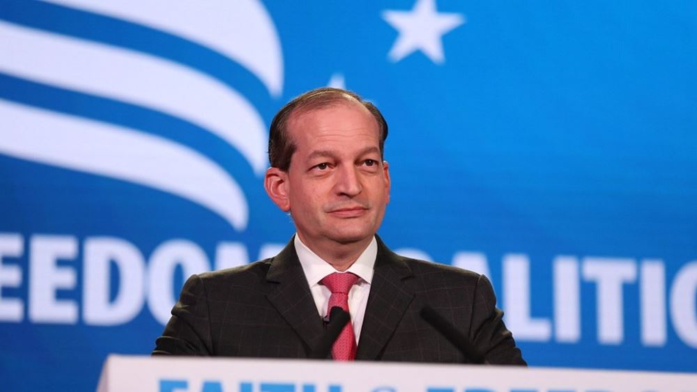ΗΠΑ: Παραιτήθηκε ο υπουργός Εργασίας Άλεξ Ακόστα λόγω του σκανδάλου Επστάιν