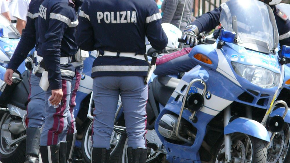 Ιταλία: Άνοιξαν με εκσκαφείς βαν εταιρείας security και διέφυγαν με 2 εκατ. ευρώ