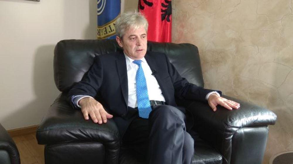Βόρεια Μακεδονία: Ο Αλί Αχμέτι επανεξελέγη πρόεδρος του μεγαλύτερου αλβανικού κόμματος στη χώρα