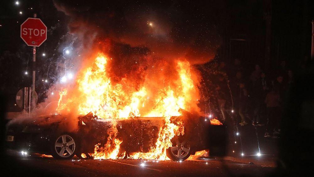Βόρεια Ιρλανδία: Νέες ταραχές παρά τις εκκλήσεις για ηρεμία από Λονδίνο και Δουβλίνο