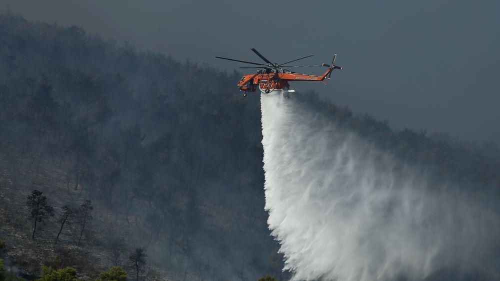 Φωτιά στην Αρτέμιδα - Προληπτική εκκένωση οικισμού